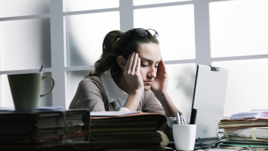 Studiu: De ce oamenii inteligenți sunt nefericiți și singuri