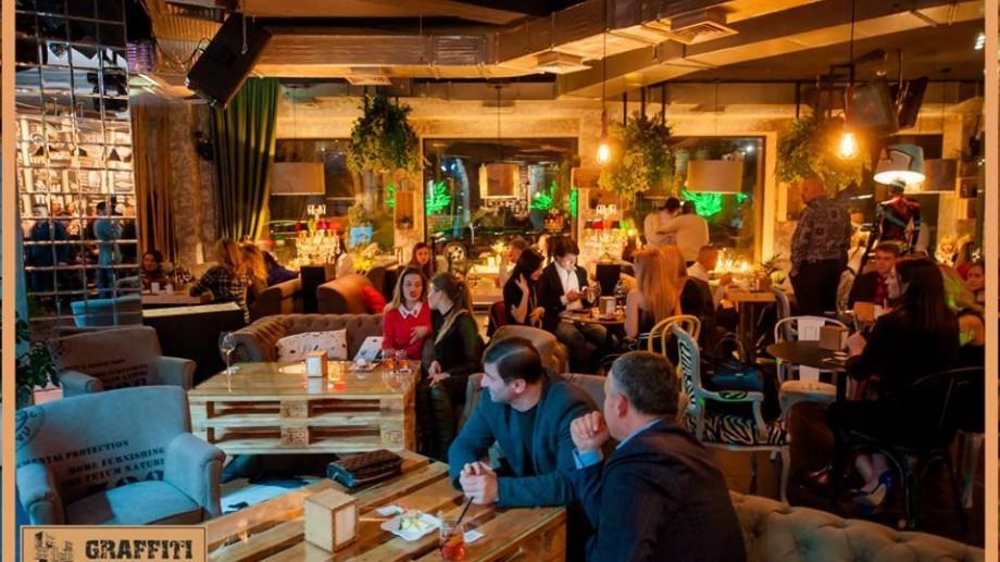 (foto) Cafeneaua Graffiti se reinventează în design și culori noi