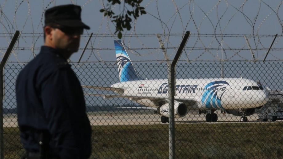 (video) Egipt: Un avion ce efectua o rută internă a fost deturnat. A aterizat în Cipru