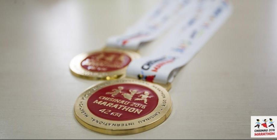 (foto) Aleargă și fii răsplătit! Iată cum arată medalia Maratonului Internațional din Chișinău