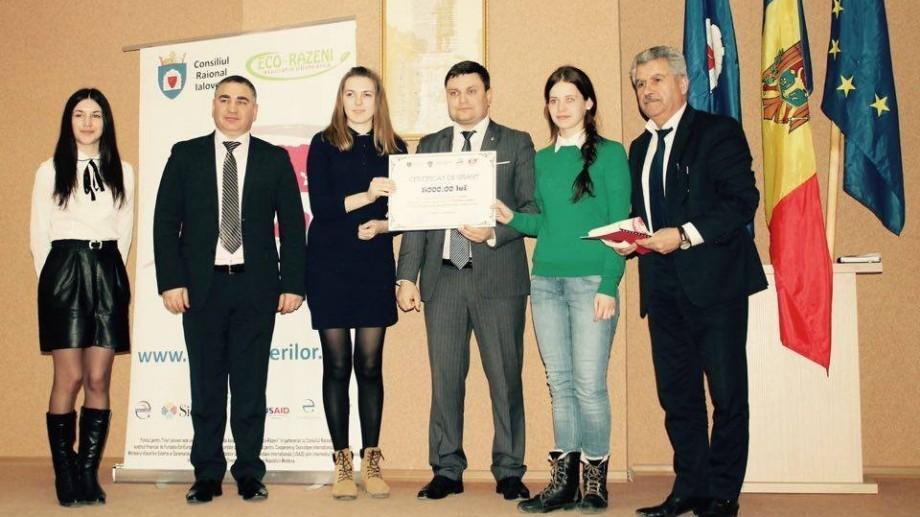 Programul de granturi mici al Fondului pentru Tineri Ialoveni și-a desemnat câștigătorii