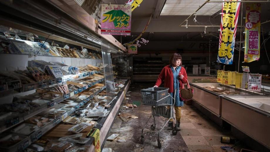 (foto) Victimele catastrofei de la Fukushima s-au reîntors la casele abandonate. Reacţiile, într-un proiect fotografic inedit