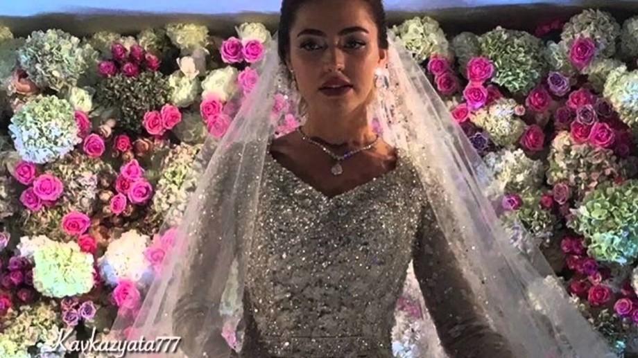 (foto, video) Nunta de un miliard de dolari la care au cântat Jennifer Lopez, Sting şi Enrique Iglesias