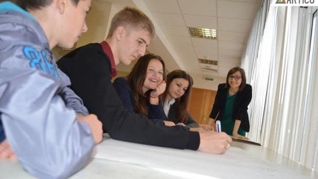 Concurs de selectare a membrilor Consiliului Național al Elevilor din colegii și școli profesionale