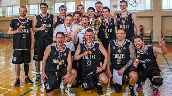 Echipa Trojans-Speranţa a devenit campioana Diviziei Naționale de baschet