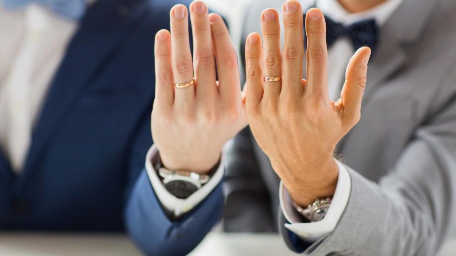 Biserica Norvegiei autorizează căsătoriilor religioase între persoane de același sex