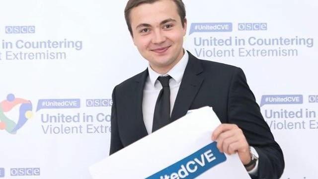 """Adrian B?lu?el este primul tân?r din Moldova care a fost desemnat """"Tân?rul european al anului 2016"""""""