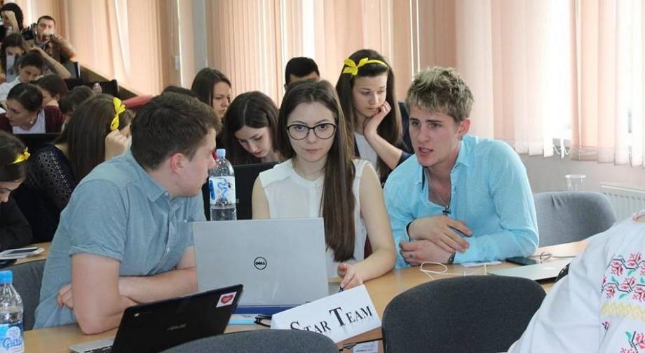 """(foto) La ASEM s-a desfășurat concursul economic studențesc """"Azi student, mâine antreprenor"""""""