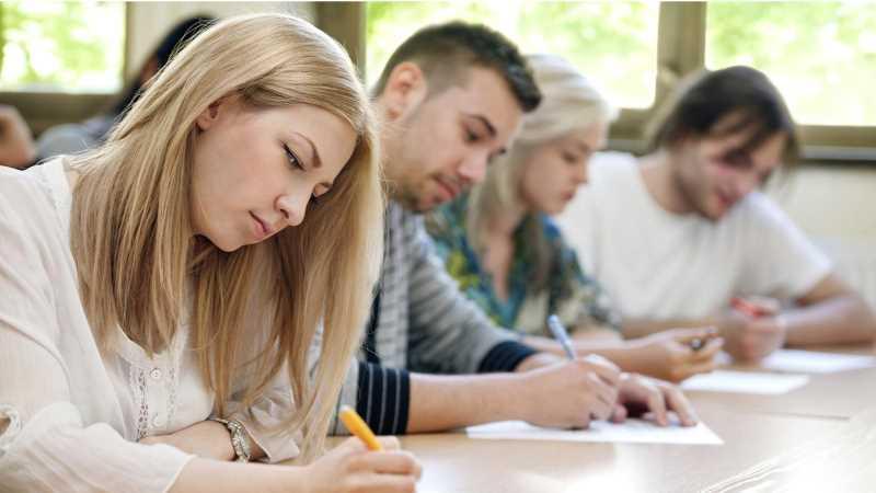 BAC 2016: Iată testele examenului disciplinei la Solicitare, începând cu anul 2010