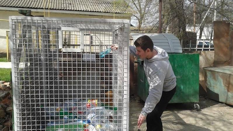 La Bălți elevii au colectat aproape 2 tone de hârtie și 290 kg de plastic într-o campanie de reciclare