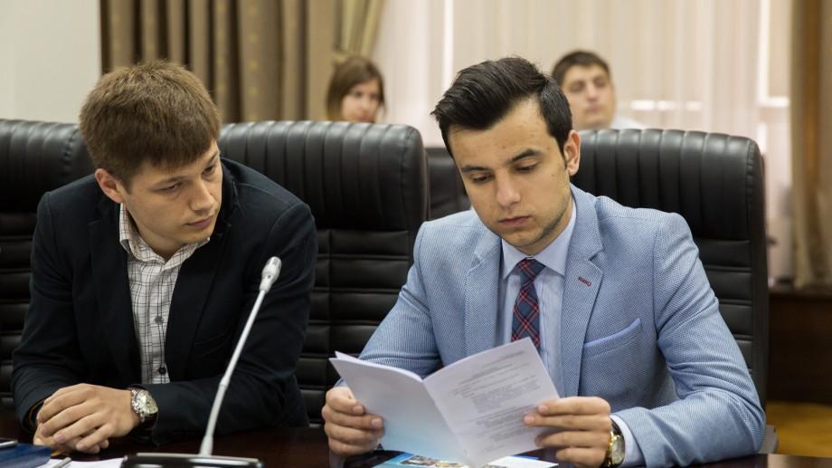 Tinerii din Moldova vor avea o agenție a lor. Iată cu ce se va ocupa aceasta