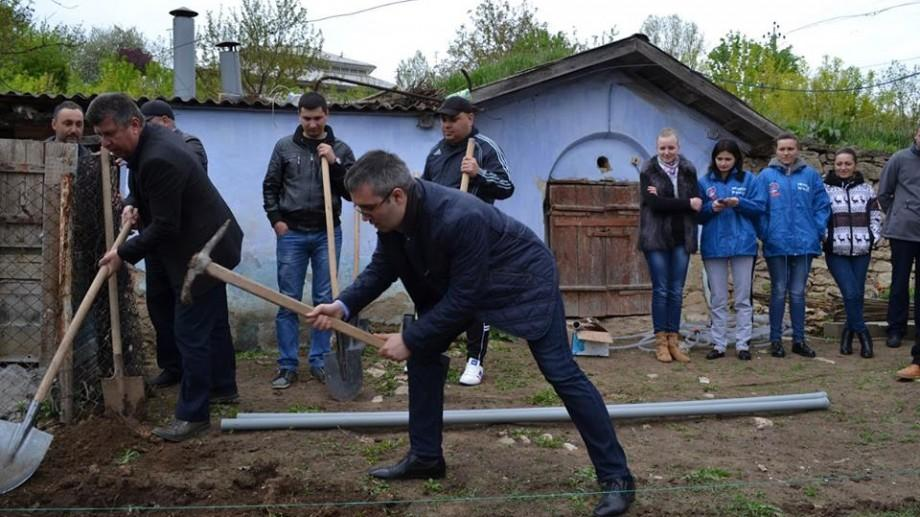 (foto) Politicienii de la PDM fac, din nou, lucruri trăsnite în localitățile din Moldova