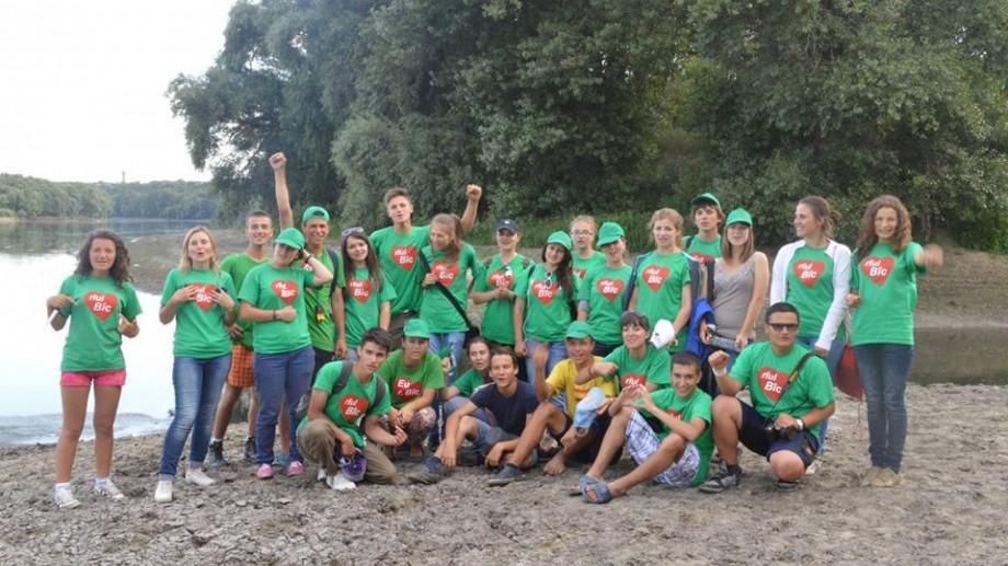 (foto, video) Tinerii Ecologiști te invită în echipă să participi la ameliorarea mediului în care trăim