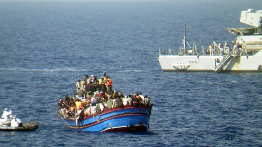 (foto) Peste 20 de imigranți și-au pierdut viața într-un naufragiu din  Marea Meditereană