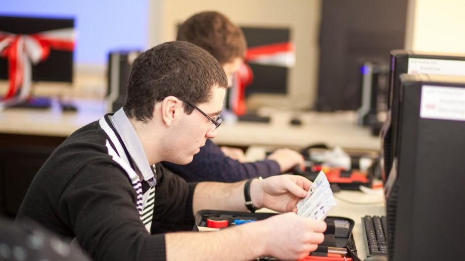 Program de Stagiere: Oportunităţi de dezvoltare pentru 30 de tineri în companiile TIC din Moldova