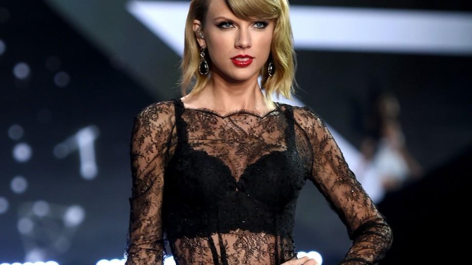 Taylor Swift e cel mai bine plătit muzician! A câștigat anul trecut 73,5 milioane de dolari