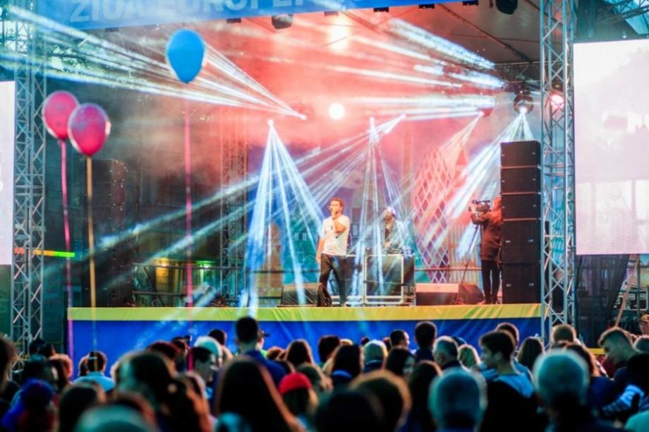 (foto) Ziua Europei a fost sărbătorită cu fast la Orhei. Concert cu Deep Central, Radio Killer și Natalia Gordienko