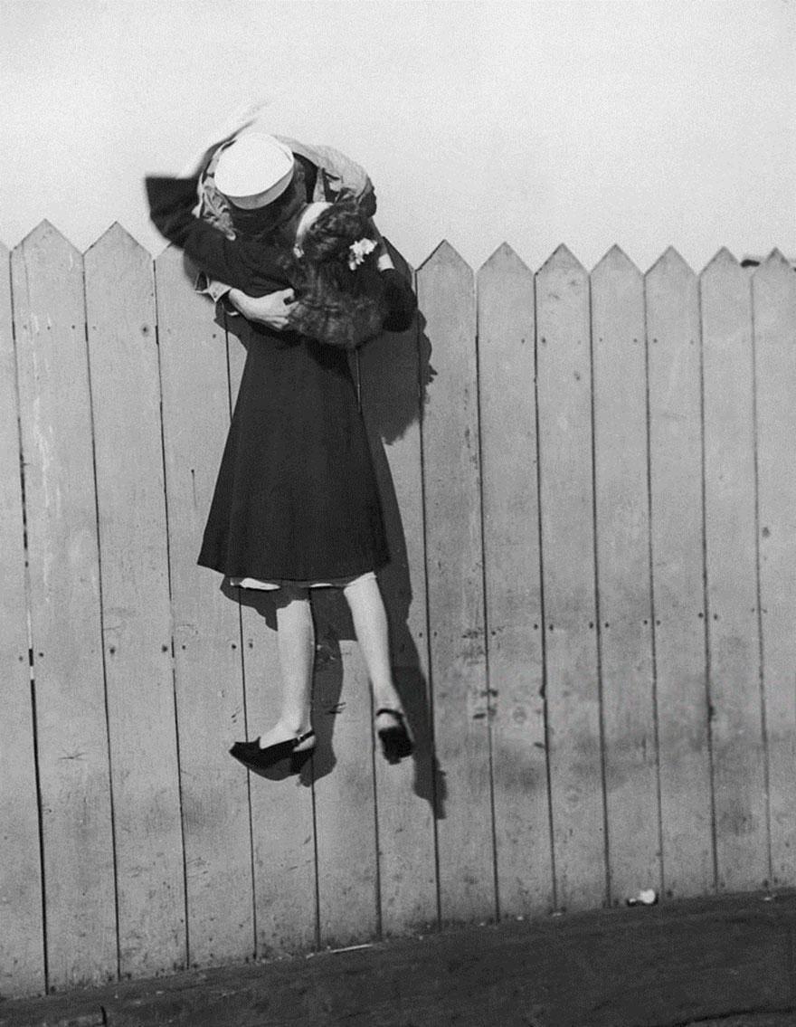 old-photos-vintage-war-couples-love-romance-41-57346580c10c4__880