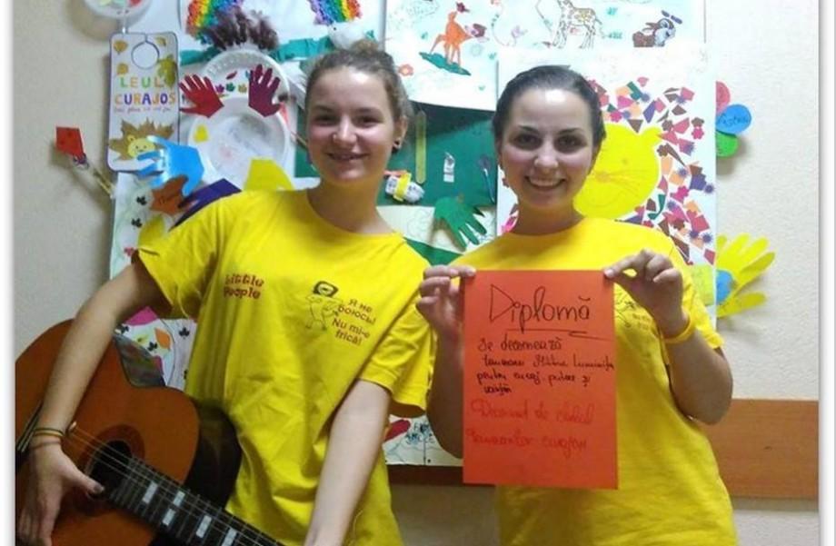 Asociația Little People Republica Moldova recrutează voluntari! Alătură-te și tu unei echipe de poveste