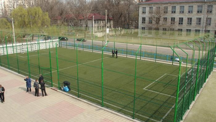Îți place fotbalul? Iată 6 terenuri outdoor din Chișinău unde îl poți practica
