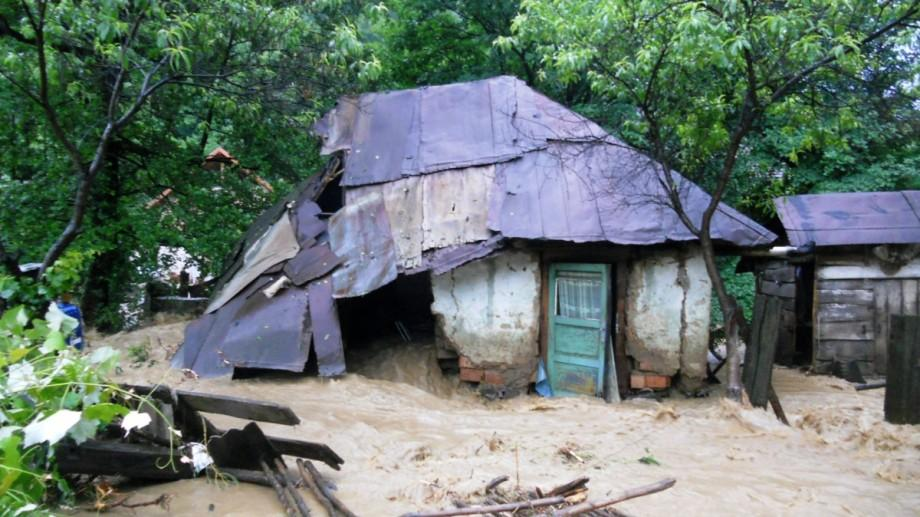 Ceadîr-Lunga: 15 familii ale căror case au fost distruse în urma ploilor abundente vor primi locuințe noi