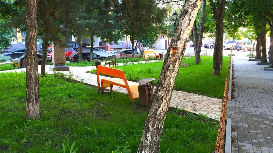 (foto) Descoperiri urbane:Scuarul de pe str. Petru Rareș – fost târg tumultuos de pe malul Bîcului