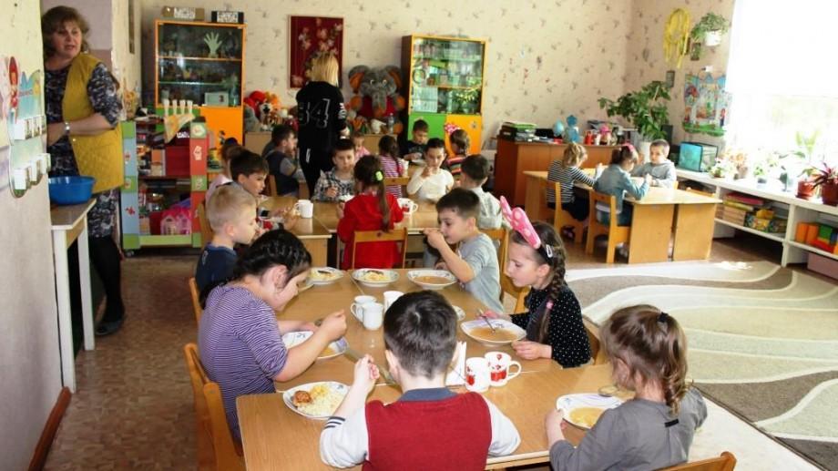 Europenizarea din farfurie. Meniurile din instituțiile de învățământ din Moldova, mai aproape de standardele UE