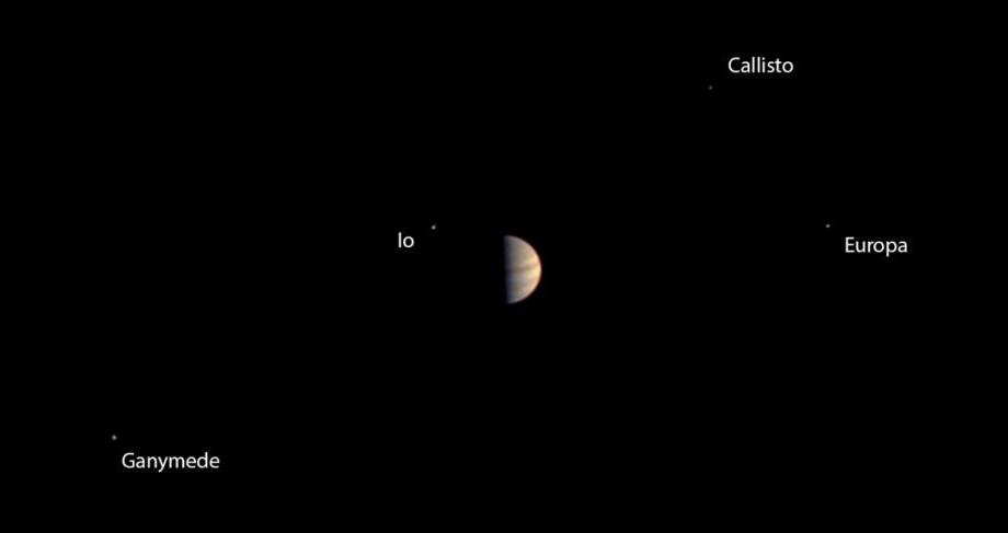 """(video) """"Bun venit, Jupiter!"""", Sonda Juno a agenției NASA a aterizat cu succes pe orbita planetei Jupiter"""