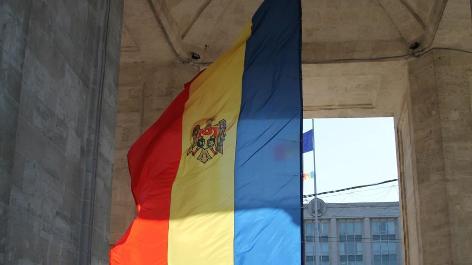 În ziua de 6 iulie, drapelele din țară vor fi coborâte în bernă. Iată motivul