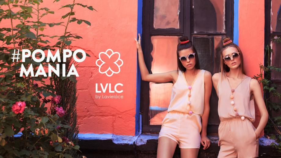 """(foto) """"Lavielace"""", la un an de activitate: Despre capsula #Pompomania, destinată tinerelor îndrăgostite de culori"""