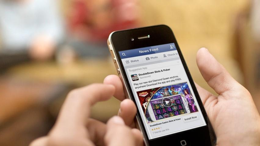 O tânără din Moldova a descoperit o nouă funcție de editare a textelor pe Facebook