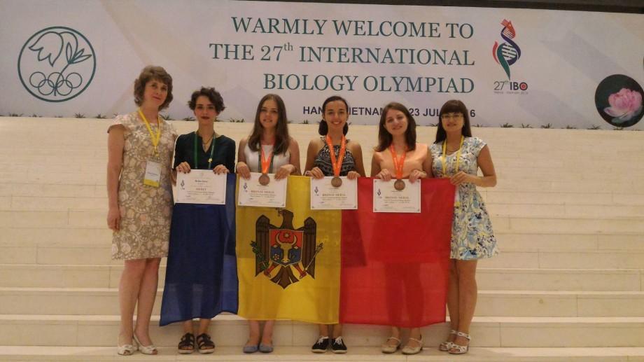 Elevii moldoveni au obținut trei medalii de bronz la Olimpiada Internațională de Biologie
