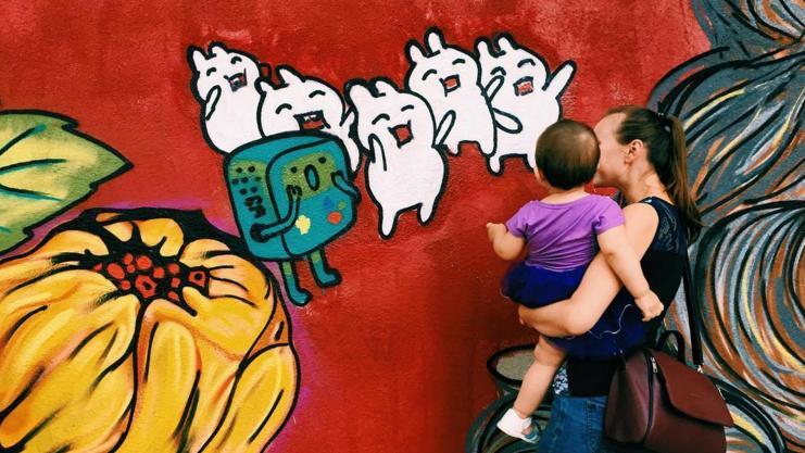 (foto) Proiectul #UnArtOras l-a adus pe Gulliver la Chișinău. Primul perete mural din cele 25 a fost inaugurat