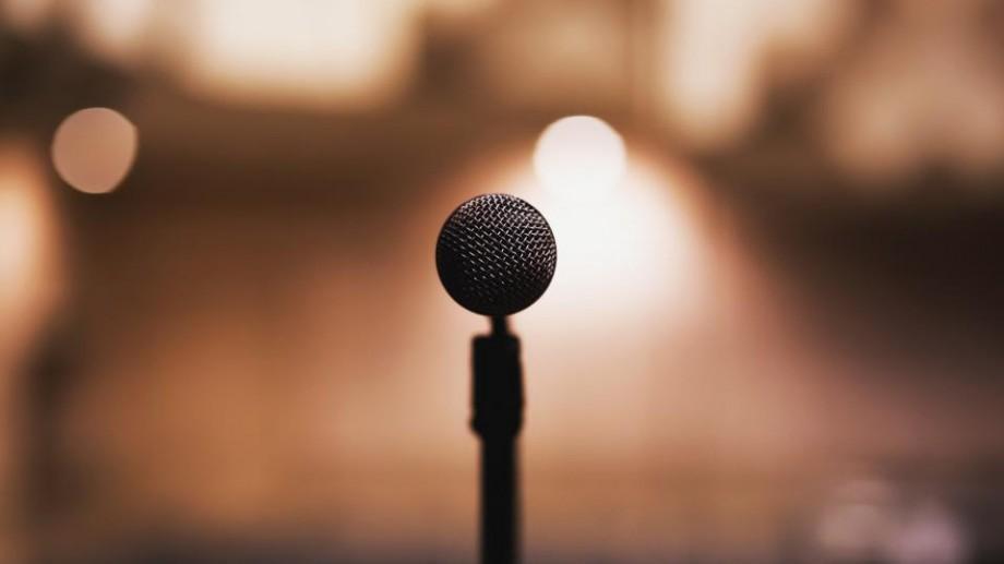 Participă la Academia Trainerilor și scapă de teama de a vorbi în public