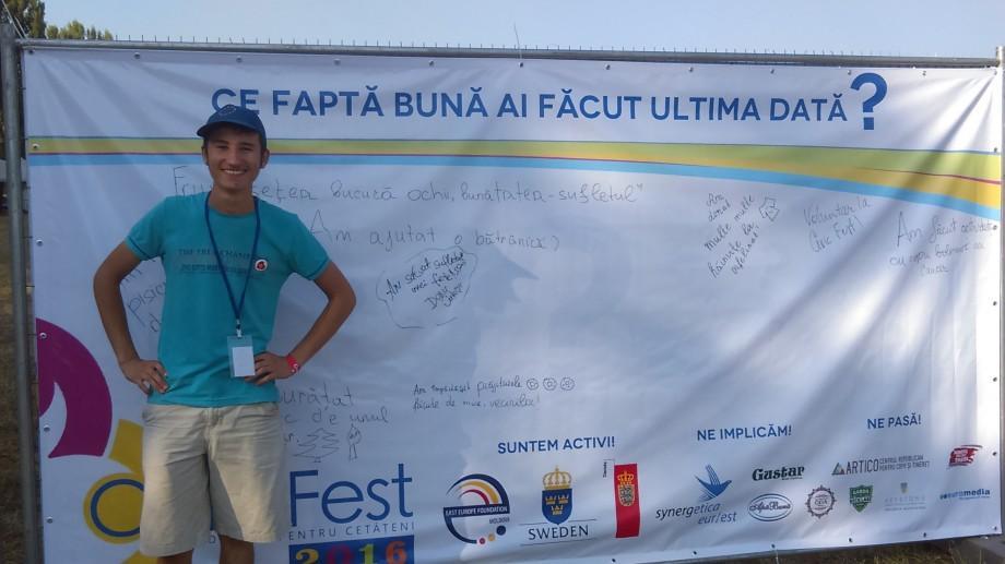 """(foto) """"Am salvat sufletul unei fete"""". Cu ce fapte se laudă vizitatorii Civic Fest și Gustar"""