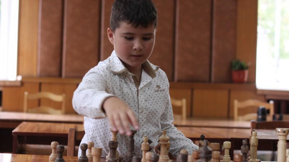 (video) BEMOL susține tinerele talente. La numai 8 ani va reprezenta Moldova la Campionatul European de Șah