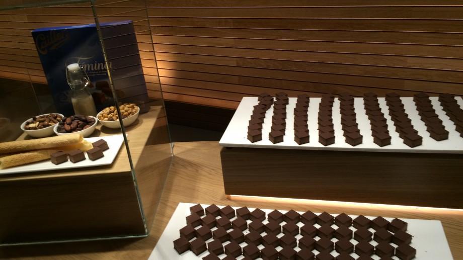 (foto) Destăinuiri de după ușile unui imperiu dulce. Impresiile Gabrielei Petrov despre ciocolata din Elveția