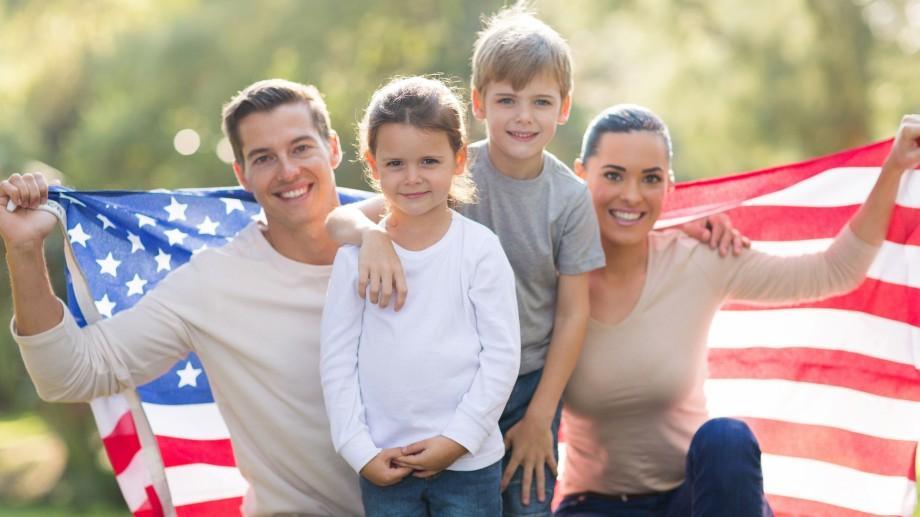 Vrei să descoperi o nouă cultură? Găzduiește o familie de americani la tine acasă