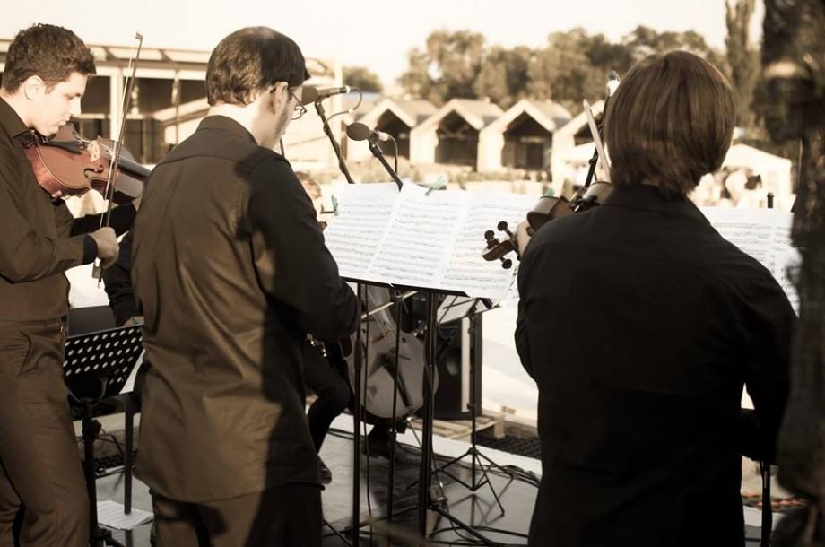 (foto) Sute de oameni au admirat Castelul Mimi la închiderea Festivalului Moldo Crescendo