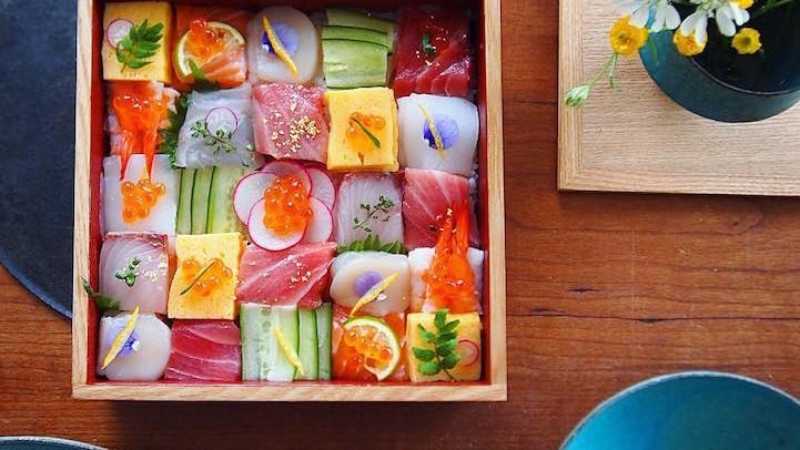"""(foto, video) """"Sushi Mozaic"""" – trendul ce transformă masa de prânz într-o artă modernă"""