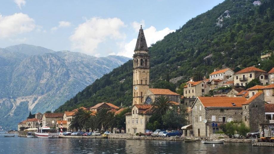 Călătorește gratuit în Muntenegru și participă la un training despre drepturile omului