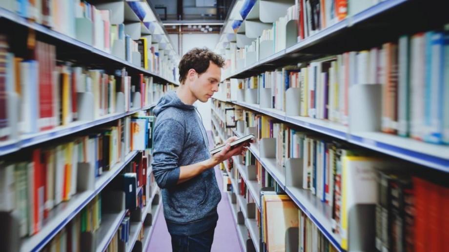 (infografic, foto) Modele comunitare: Bibliotecile publice conectează comunitățile din Europa