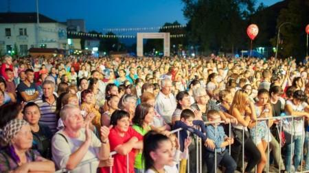"""(video) Filmul moldovenesc """"Culorile"""" va fi lansat mâine la Chișinău"""