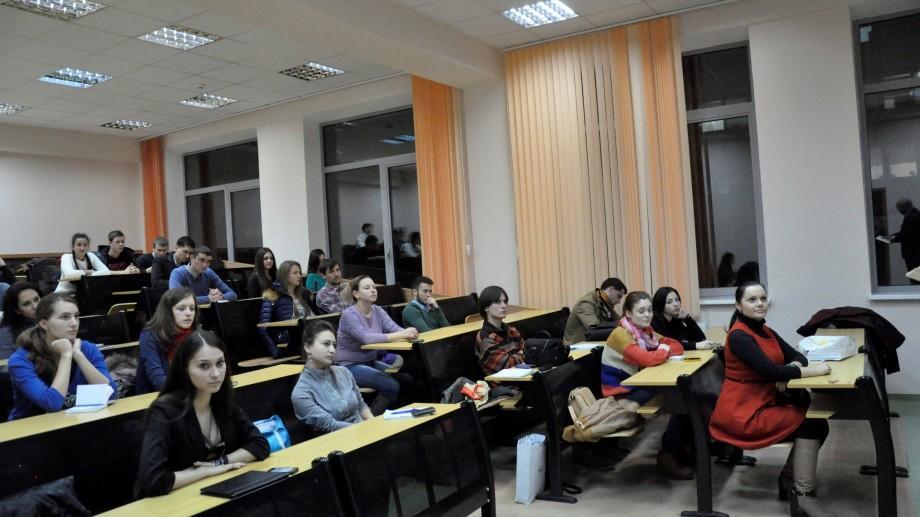 Deficit de forță de muncă la sate. Sistemul educațional din Moldova formează șomeri