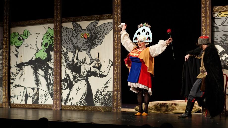"""Începe stagiunea. Teatrul Național """"Eugene Ionesco"""" te așteaptă în sala de spectacol la primele piese"""