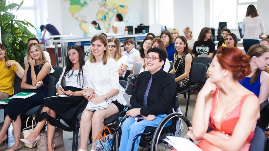 46 de femei vor descoperi puterea de a îndrăzni în cadrul programului social de mentorat DARE2Change