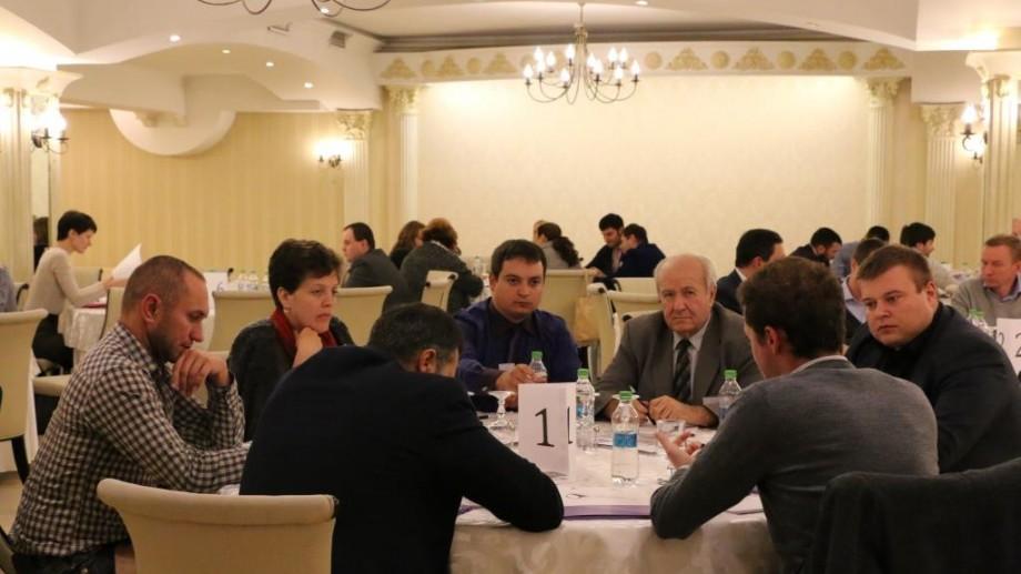 Peste 50 de companii au participat la un Speed Business Meeting în care și-au prezentat afacerile în 2 minute