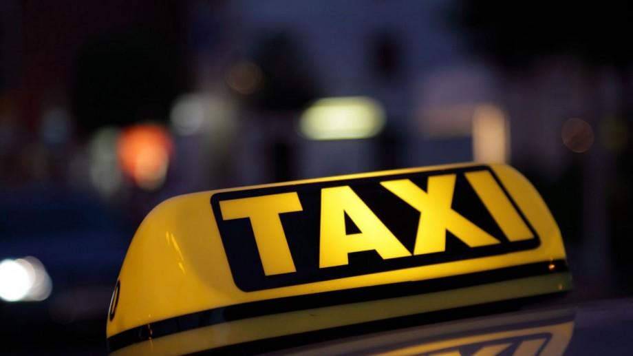 Polițiștii au amendat mai mulți șoferi ce prestau servicii neautorizate de taxi în Chișinău