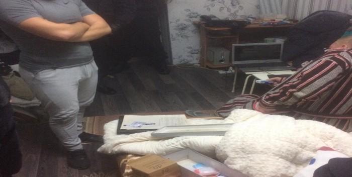(video) Un tânăr este suspectat de punerea în circulație a substanțelor narcotice