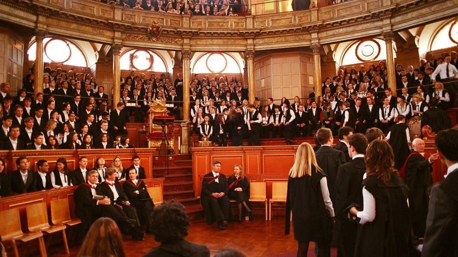 Cinci întrebări de la examenul de admitere de la Oxford au fost făcute publice. Tu cunoști răspunsul lor?